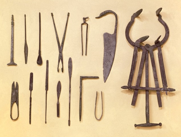 Greco-Roman Surgery Implements