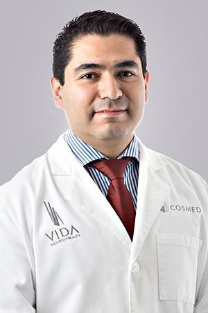 Dr. Alejandro López - Bariatric Surgeon